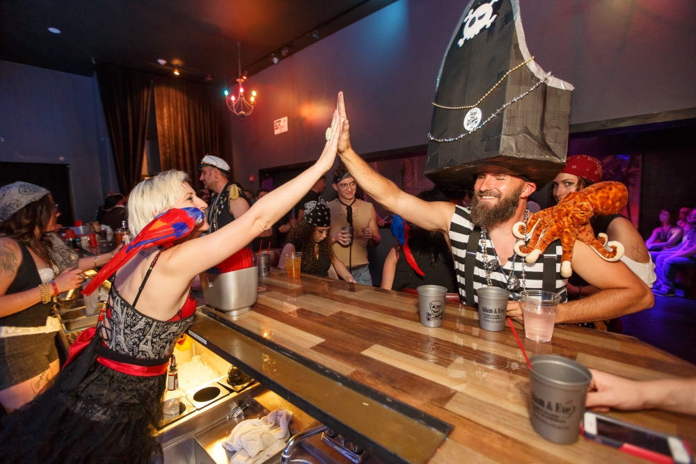 2017 Reno Pirate Crawl_438