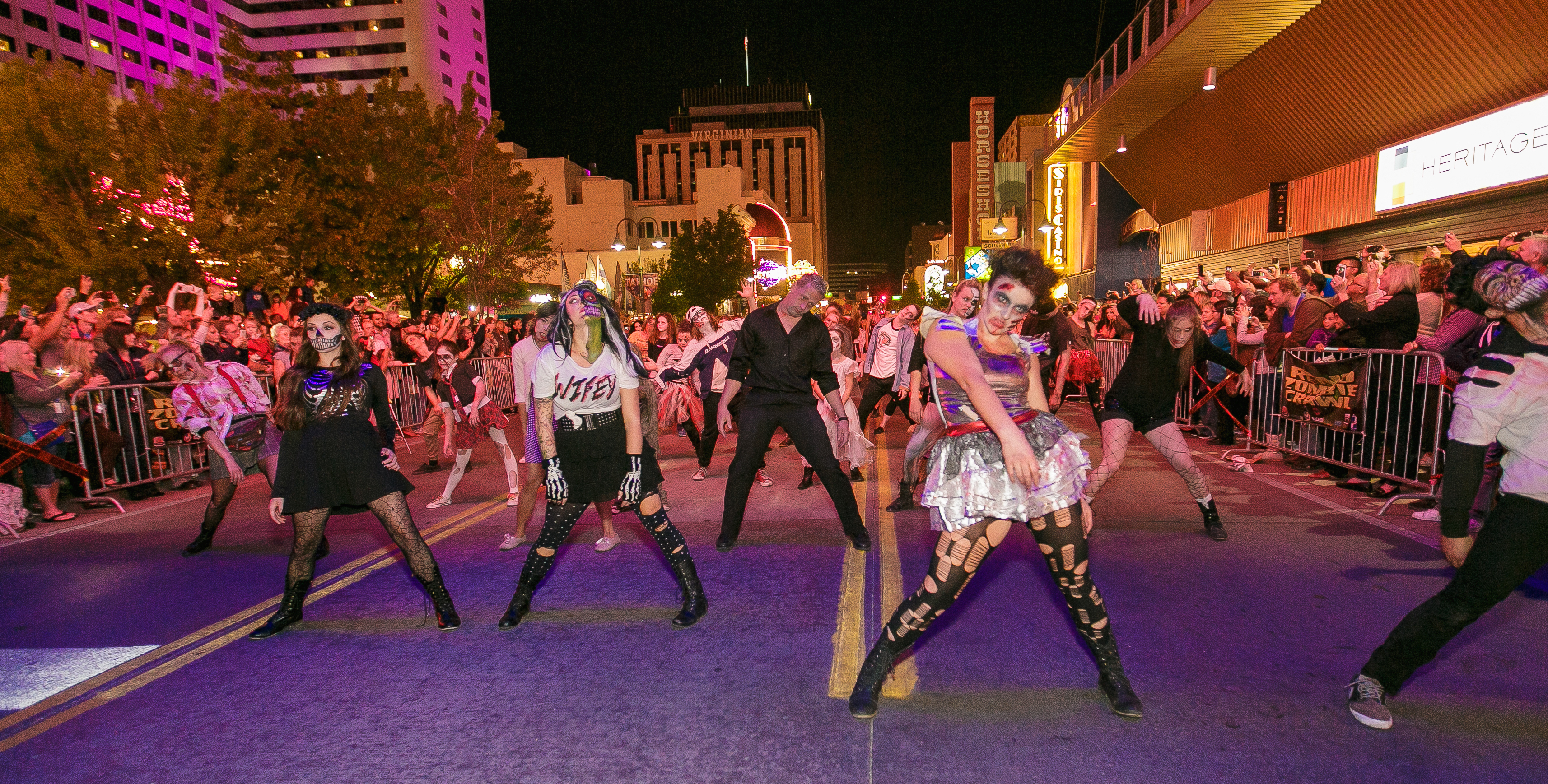2015-reno-zombie-crawl-david_0326